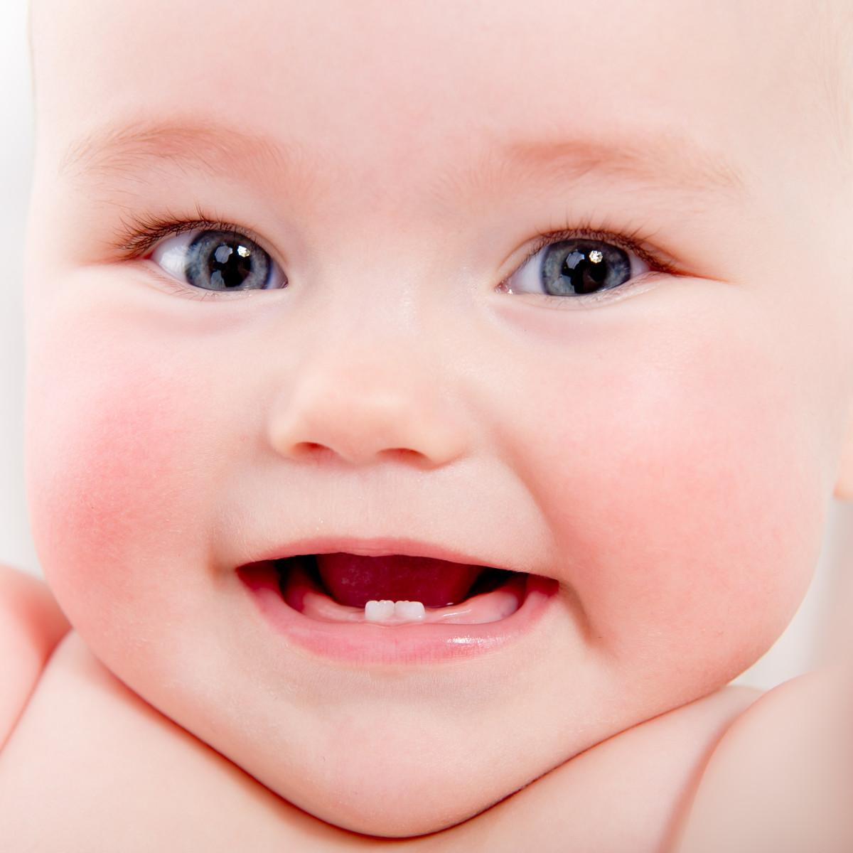 O nascimento dos dentes do bebê