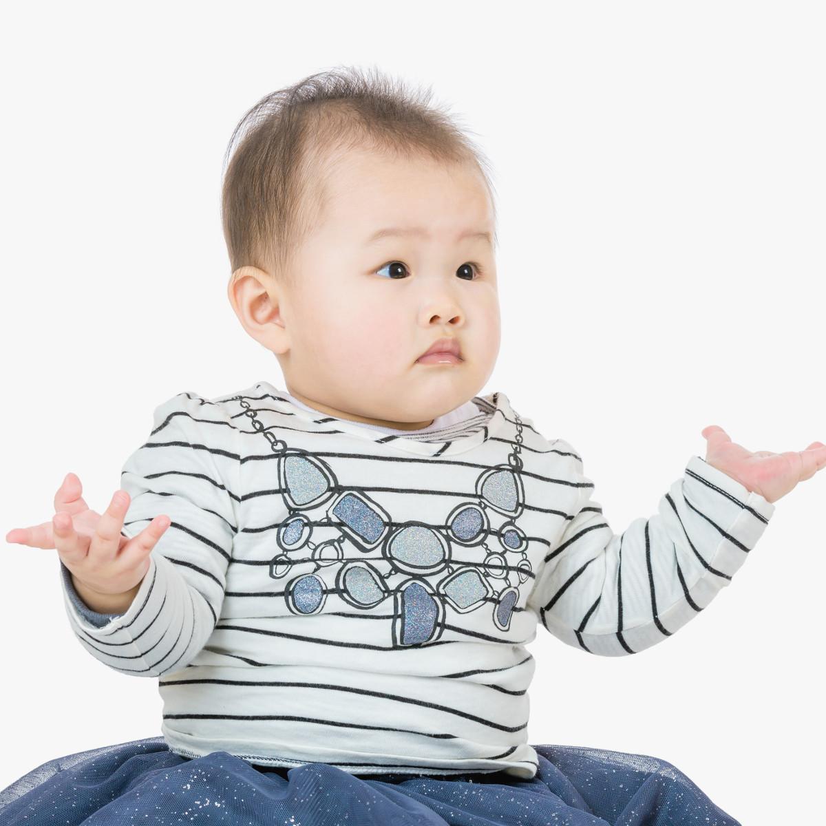 bebe-pode-chupar-dedo-faz-mal-sim-ou-nao