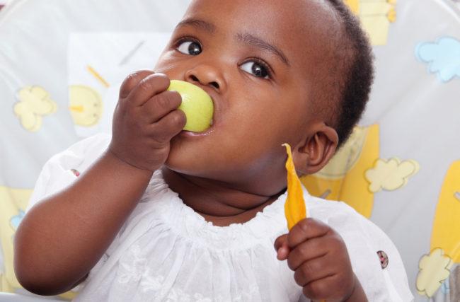 BLW: introdução alimentar guiada pelo bebê