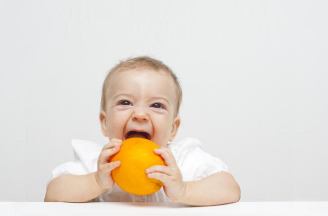 Tudo o que você precisa saber sobre vitamina C para bebê usando apenas ingredientes naturais